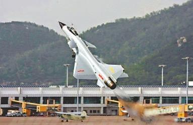 强5飞机是新中国研制的第一代超音速强击机