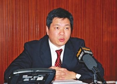 摩根大通中国首席经济学家朱海斌预计,「十八大」前后宏观政策