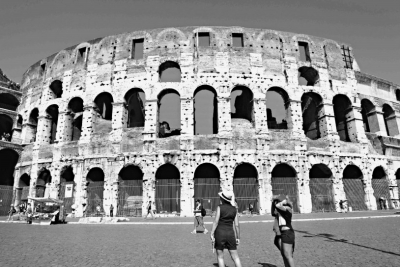 古罗马建筑的柱式,拱券和三角楣是古不变的元素